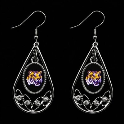 Tear Drop Crystal dangle earrings featuring an oval team-colored logo in the center and four crystal rhinestones along the bottom!