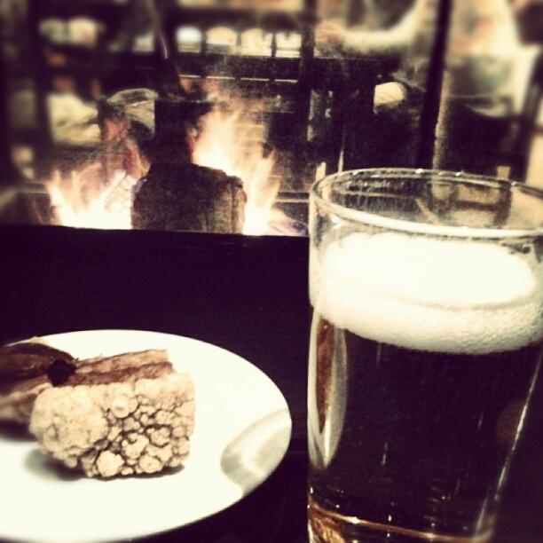 Chimenea, cerveza, torrezno ¿hay un plan mejor para la tarde de un sábado?