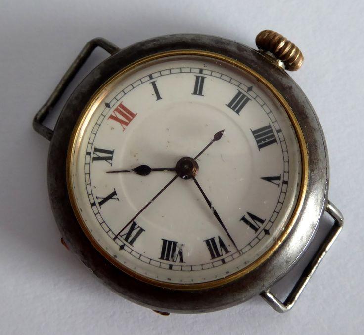 WW1 Gun Metal Trench Wrist Watch Needs Work - The Collectors Bag