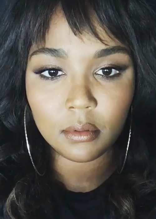 Lizzo Height Weight Age Body Statistics Singer Plus