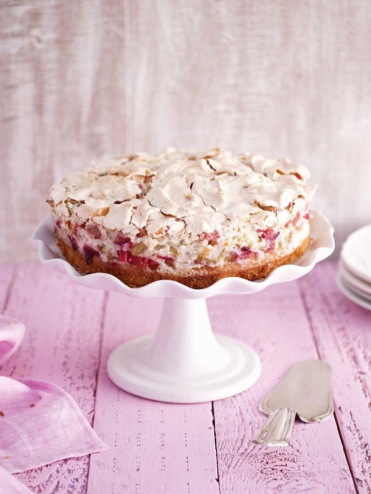 Rhabarberkuchen mit Baiser | http://eatsmarter.de/rezepte/rhabarberkuchen-mit-baiser-5 (Cheese Cake)