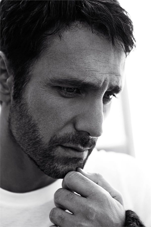 Raoul Bova // just bc. was enamored by him in 'under the tuscan' sun. . .