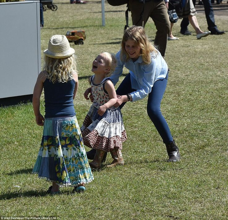 Lady Louise Windsor plays with her cousins   Savannah and Isla  Phillips at The Windsor Royal Windsor Horse Show