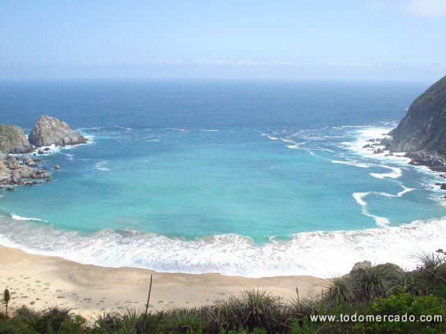Refugio de silencio, playa las docas, valparaiso.