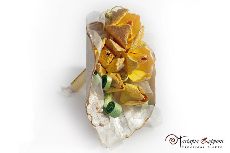 Handmade paper bouquet Unique wedding Accessories by Mariapia Zepponi Italy Luxury wedding