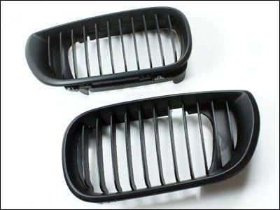 Matte Black Front Grille - BMW e46 sedan facelift
