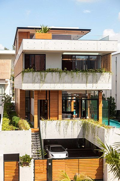 Luxury house in East Singapore impresses through its seductive simplicity | 10 Stunning Homes