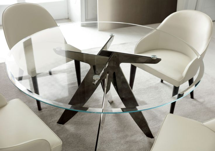 DINING ROOM | Judy chairs in leather & Ring table in transparent extra light glass