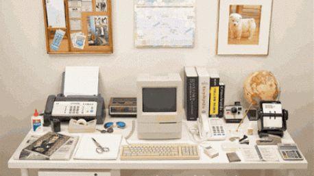 As nossas secretárias e mesas de trabalho mudaram muito nos últimos 30 anos. Aos poucos fomos deixando de usar o fax, o calendário, papel… e começamo