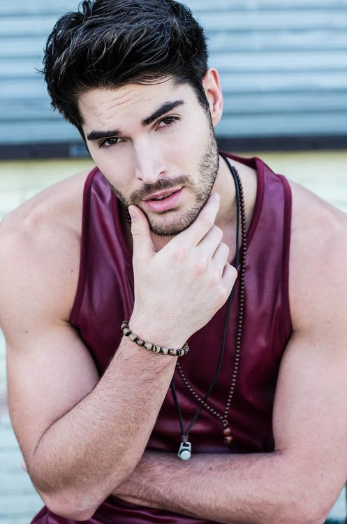 Nick Bateman. Love that color! And everything else.
