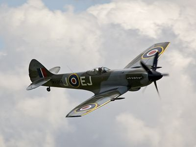 spitfire mk XIV pictures of airplanes