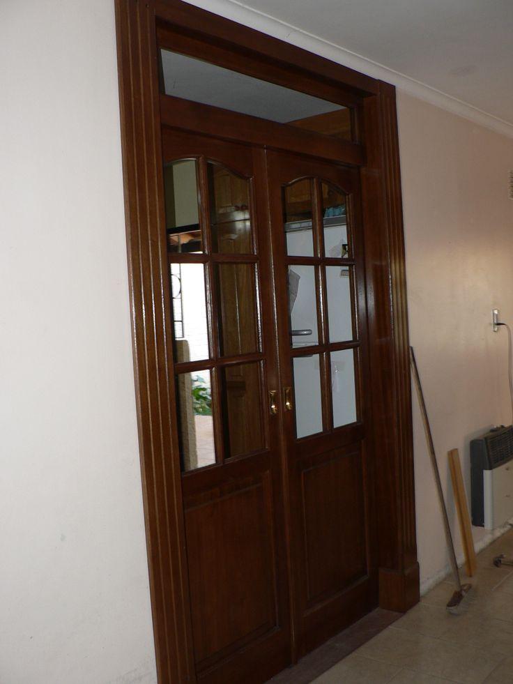 trabajo terminado y colocado, doble puerta en watambu