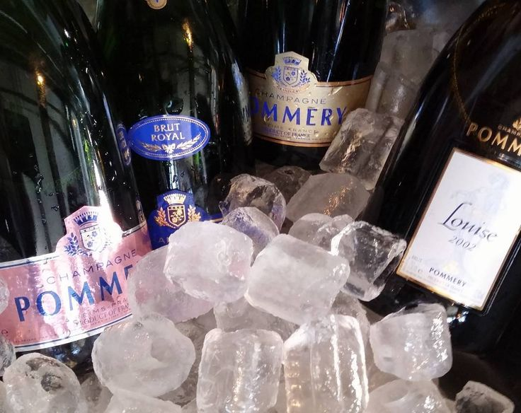 Champagne Pommery  #samppanja #kuohuviini#wines#winelover#winegeek#instawine#winetime#wein#vin#winepic#wine#wineporn herkkusuu #lasissa #Herkkusuunlautasella