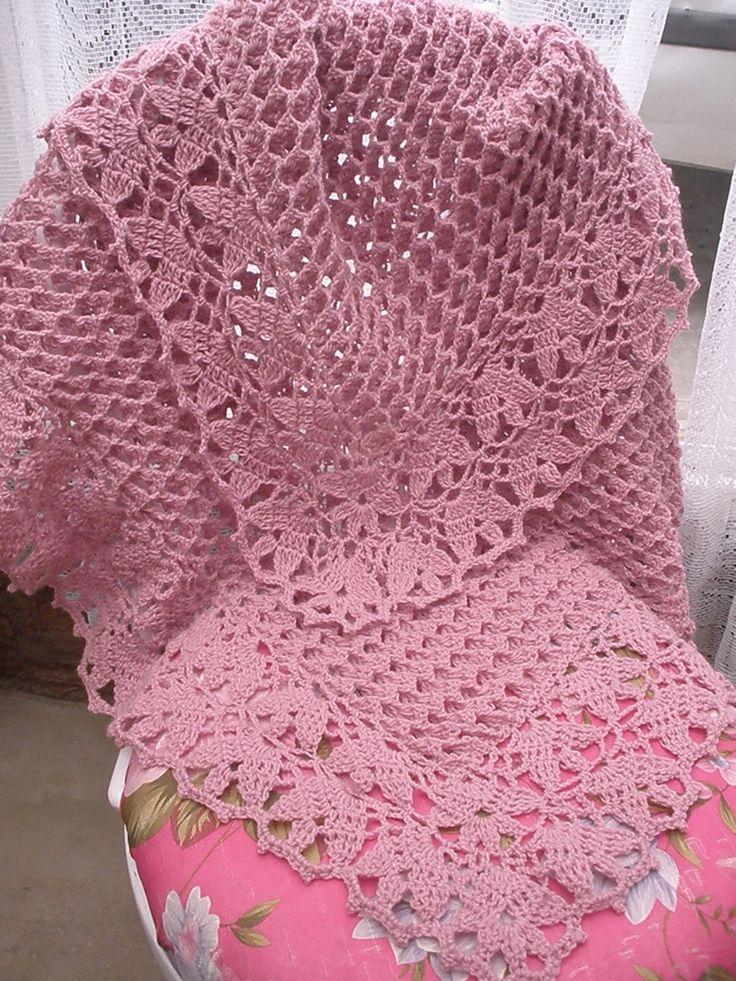 70 best images about mantillas crochet en pinterest - Manta de bebe a ganchillo ...