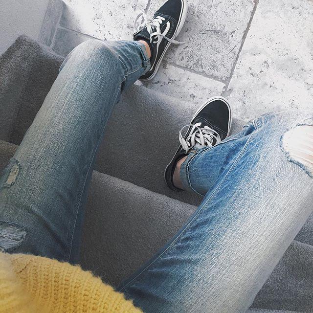 • YELLOW+BLACK . . . #yellow #black #knit #vans #oldschool #spring #shoutout #like #unum #photooftheday #sun #sunny #sunday #inspire #instagram #instagood #instadaily