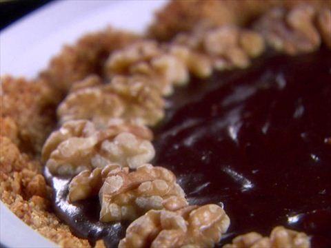 Giada's Brownie-Walnut Pie : Make Giada's Brownie-Walnut Pie for your Valentine, and he's yours forever!