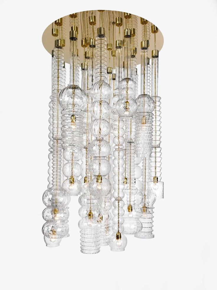 Lasvit is proud to present a set of Libensky's original light fixtures designed for Hotel Praha.