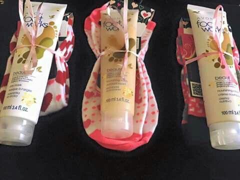 Avon easy and cute gift idea! Contact me Amber with Avon https://www.facebook.com/aramirez78/ www.youravon.com/aramirez78