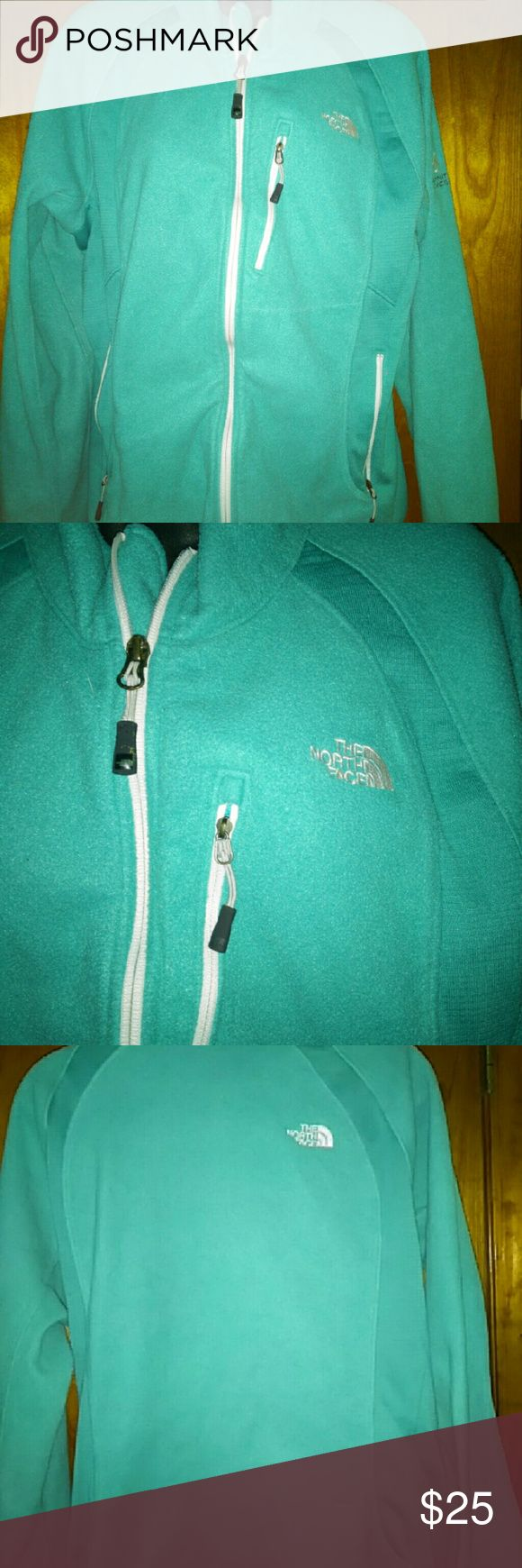 THE NORTH FACE fleece ladies jacket THE NORTH FACE fleece ladies jacket Teal blue gorgeous color Zip up front Size med? The North Face Jackets & Coats