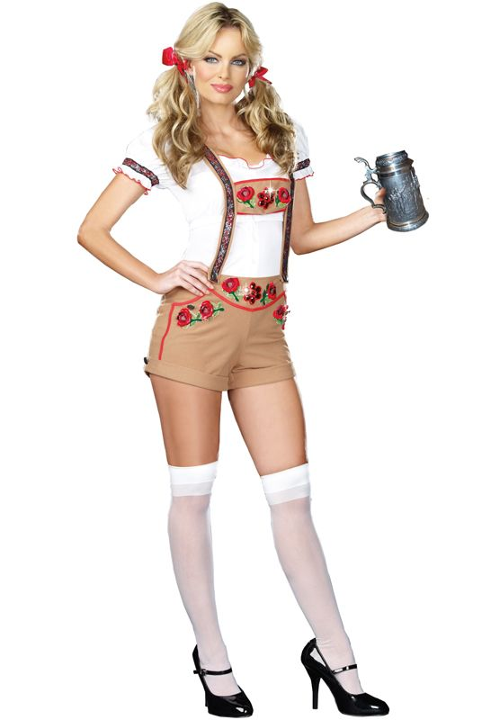 Oktoberfest costume. I still fuckin wanna be a stereotype german girl for halloween hahaha.