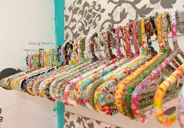 Cabides coloridos | Boas Ideias – Artesanato e Decoração