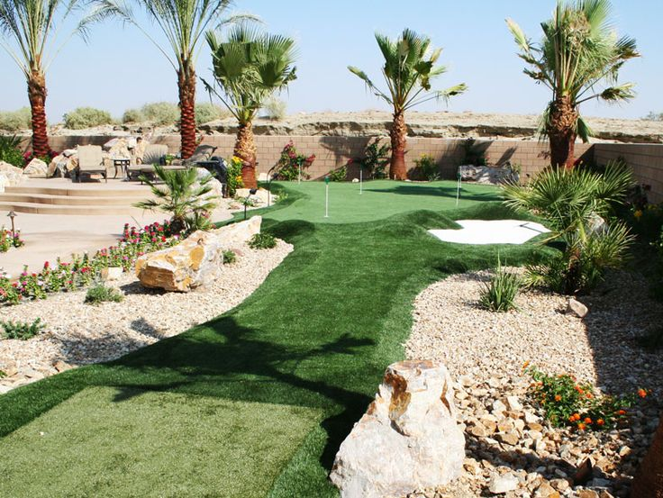 Back Nine Greens installs championship-quality synthetic putting golf greens and tee lines for residential and commercial spaces around Los Angeles, CA.