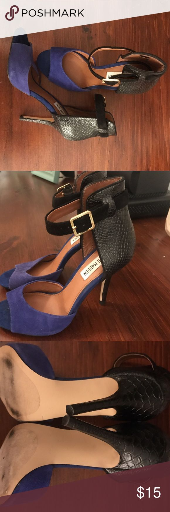 Steve Madden Blue and Black Heels Super cute black ankle strap, great condition, worn twice! Steve Madden! Steve Madden Shoes Heels