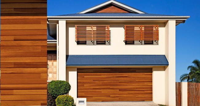 Garage Doors Design Options: Best 25+ Residential Garage Doors Ideas Only On Pinterest