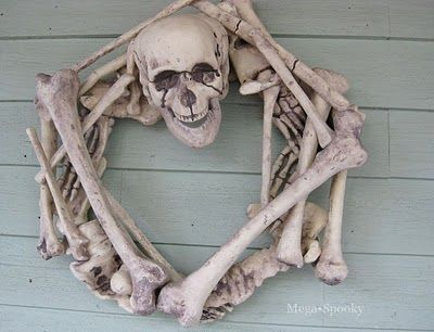 skeleton wreath how toHoliday, Wreaths Tutorials, Halloween Decor, Dollar Stores, Bones, Halloween Wreaths, Skeletons Wreaths, Halloween Ideas, Crafts
