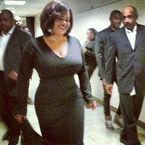 Jill Scott. Really? more curves than Coke