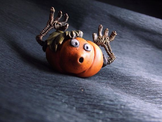 pumpkin brooch polymer clay brooch halloween pumpkin от Taptamba
