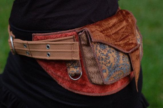 Pocket belt by Sandalamoon @ etsy
