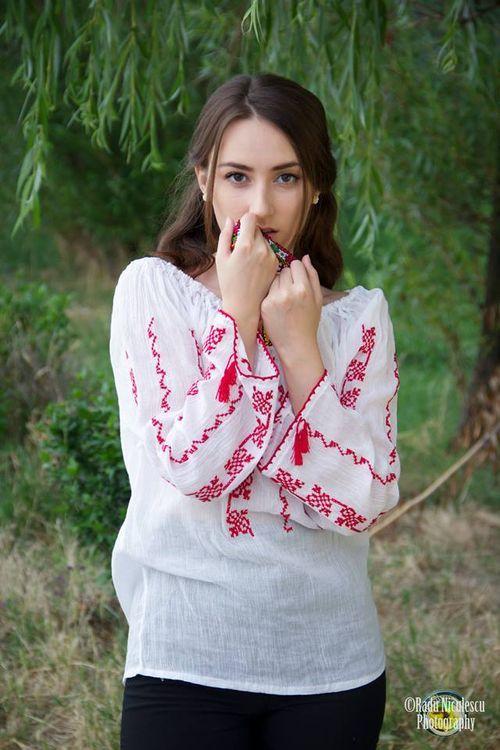 #romanian girl -  #folk,  #radu niculescu
