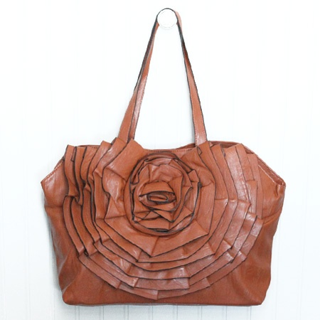 Lovvee this!: Silhouette Flowers, Shops Silhouette, Flowers Leather, Walnut, Silhouettes, Flowers Pur, I D Wear, Leather Purses