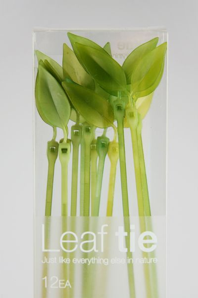 Leaf Tie: Cute leaves to tie anything and everything around home + more - especially to keep electronics cords more organized.: Idea, Leaf Ties, Zip Ties, Graphics Projects, Cable Management, Cable Ties, Cords, Bamboo Design, Leaf Cable