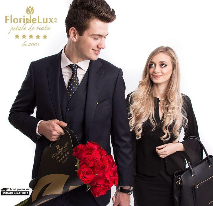 Discount extra special! Doar la FlorideLux!! 19 trandafiri in buchet de lux Grand Gesture, doar 189.99 RON! Cel mai elegant si frumos cadou romantic! Cu livrare gratuita oriunde in Romania --> https://www.floridelux.ro/trandafiri-rosii-grand-gesture.html