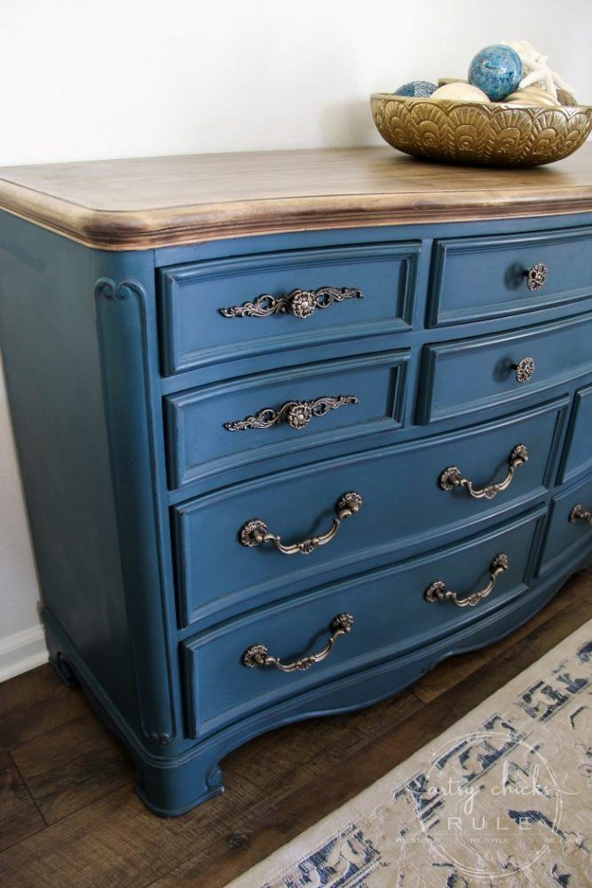 Aubusson Blue Chalk Paint Dresser Makeover Again Chalk Paint Furniture Dresser Chalk Paint Dresser Blue Painted Dresser