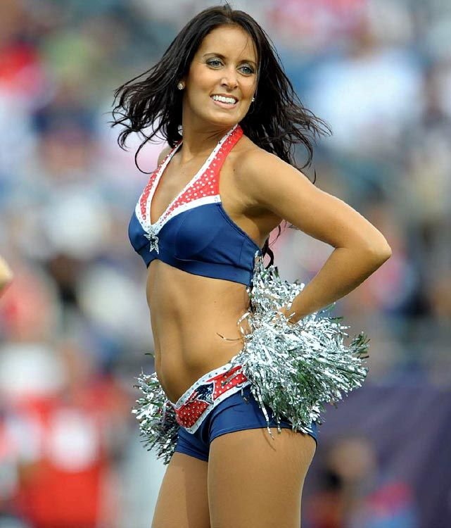 NFL Cheerleaders New England Patriots | NFL Cheerleaders: Week 1 | New ...