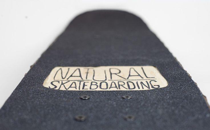 El skate de madera firmado por Christophe Guinet
