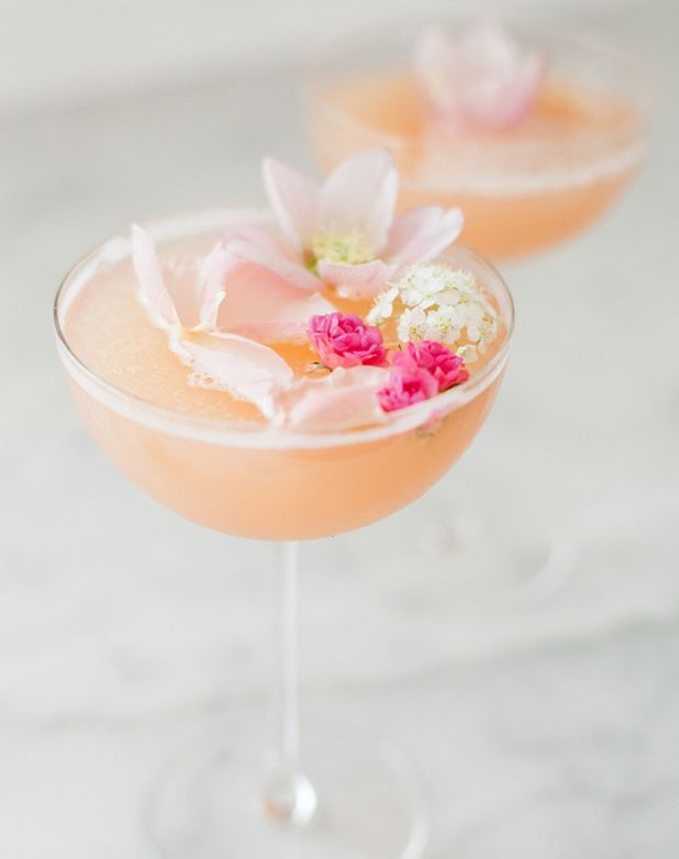 Summer Cocktail Recipes Made With Rosé - PureWow