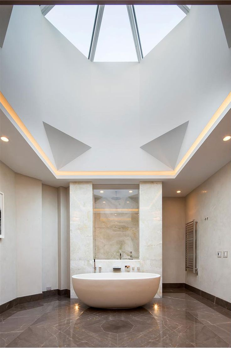 bathroom - The Very Essence of Soho