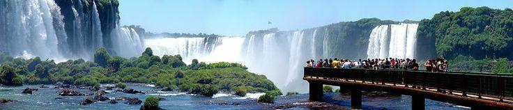Las cataratas del Iguazú se encuentran en un 80% en territorio argentino y fueron escogidas como una de las siete maravillas naturales del mundo