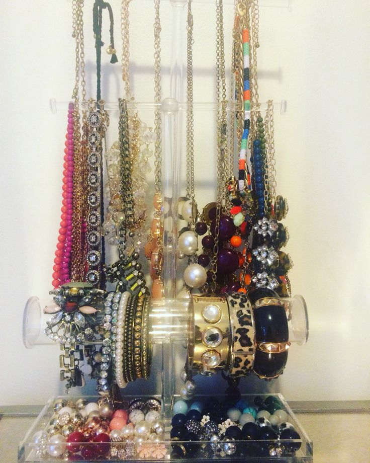 Jewelry Galore!! Check out my posts on IG @cosmopolitanclosets: