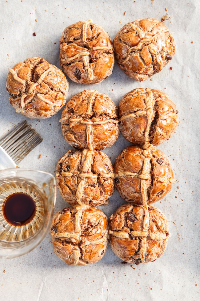 ... healthy vegan gluten free hot cross buns | refined sugar free • egg free • dairy free ...