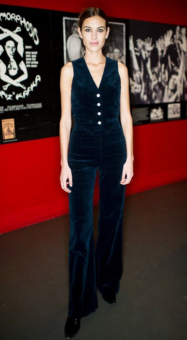 Alexa Chung in the perfect fitted velvet matching set