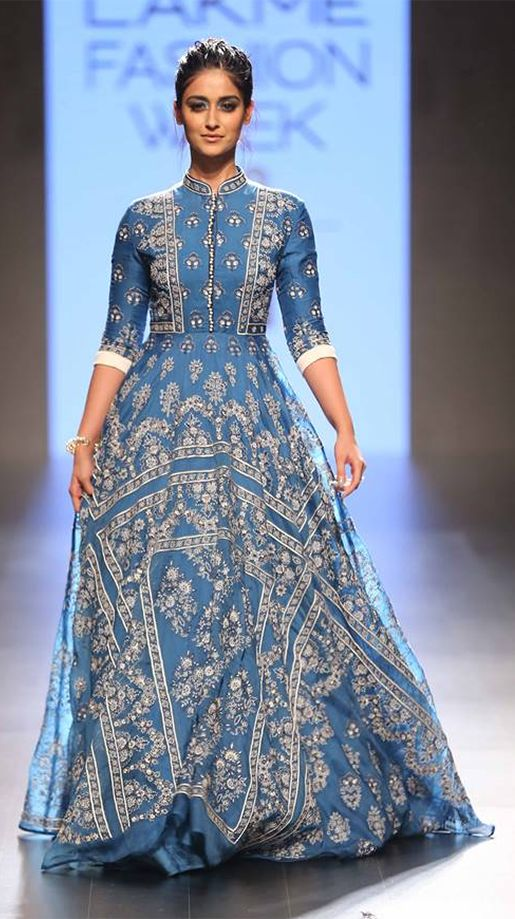 Ileana D' Cruz looked stunning in a heavily embellished floor length anarkali at the LFW 2016 event. Source: Vogue
