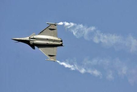 India's order for two Rafale squadrons casts doubt on larger deal - Yahoo News India