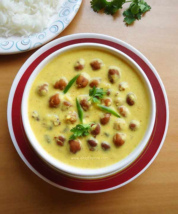 Jaisalmeri Kala Chana | Black Chickpeas in Yogurt Gravy | BlogExplore Food & Recipes