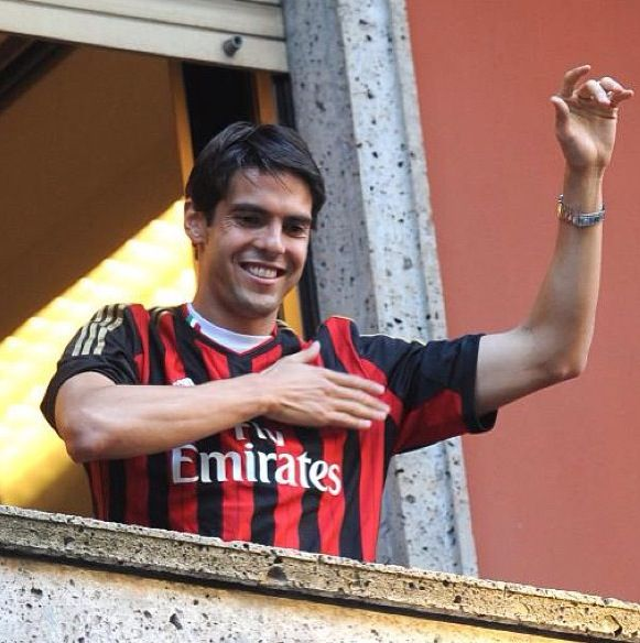 Kaka back to AC Milan