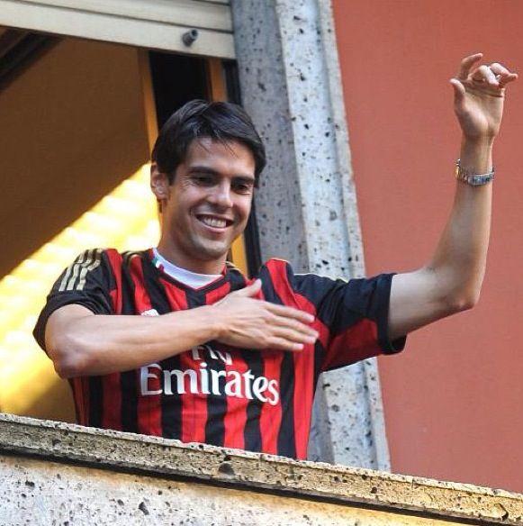 Kaka back to AC Milan